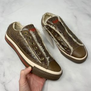 NWT Converse Genuine Leather Sherpa Trim Low-Tops